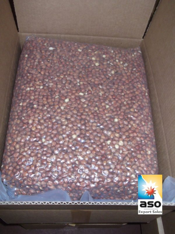 Hazelnuts in vacuums